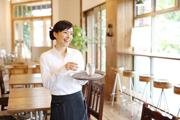 飲食業でも従業員管理システムが必要